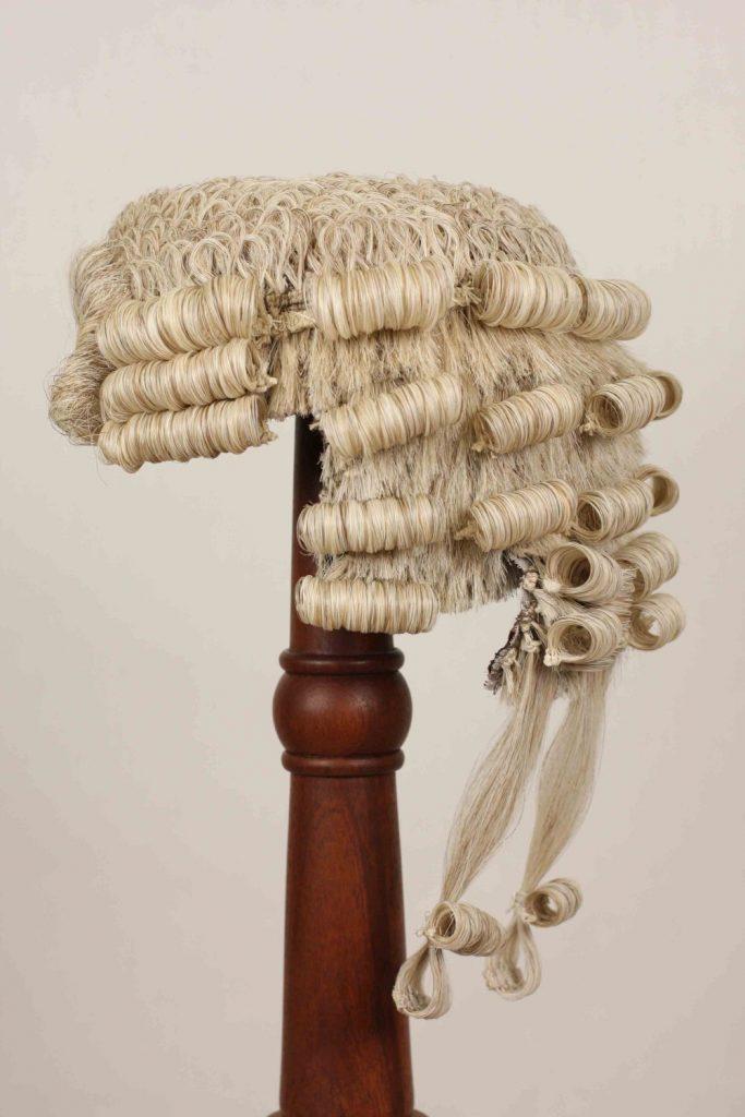 parrucca barrister